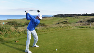 ST ANDREWS, SCOTLAND - SEPTEMBER 30:  Rory McIlroy of Northern Ireland tees off on the 7th hole during a practice round ahead of the Alfred Dunhill Links Championship at Fairmont St Andrews on September 30, 2014 in St Andrews, Scotland.  (Photo by Matthew Lewis/Getty Images)
