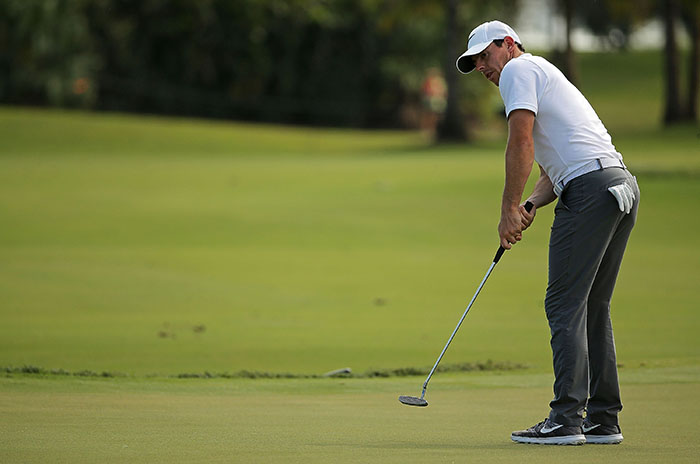 McIlroy puts faith in new grip