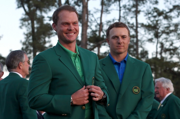 Willett dons the green jacket
