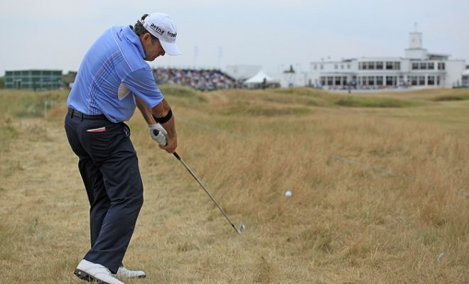 Frost finds his groove on Carnoustie's back nine
