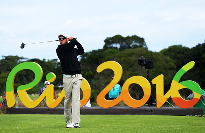 Van Zyl solid, Fraser leads in Rio