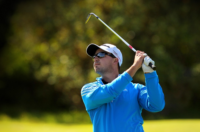Viljoen leads windy Fish River Sun Challenge