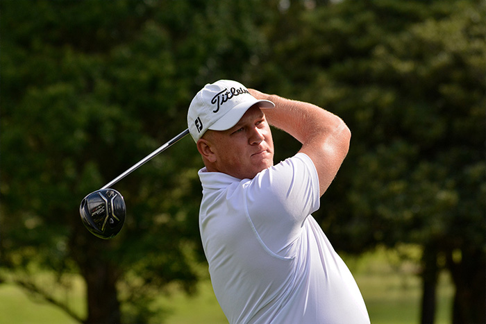 Prinsloo leads as Strydom gives chase at Wingate