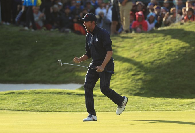 watch webb simpson shock justin rose in sunday singles