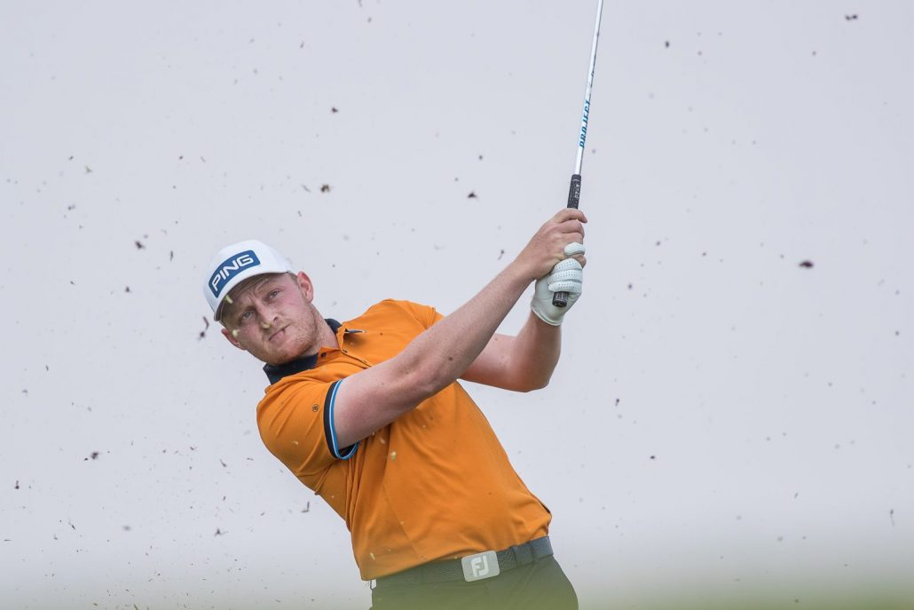 Venter hits the front in Centurion
